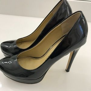 Chinese Laundry patent leather pumps